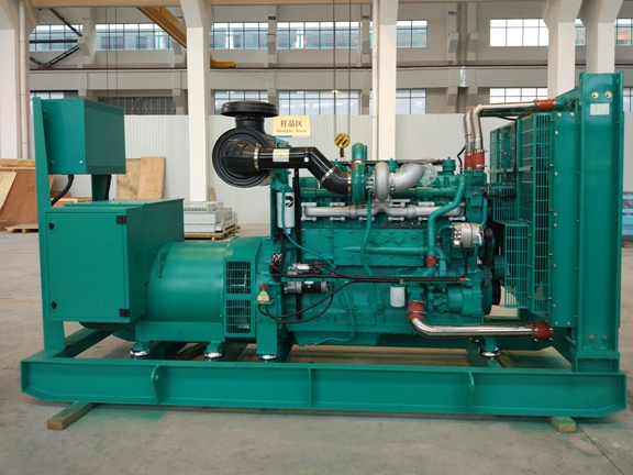 470kw/588kva 50Hz Cummins Diesel Generator With Faraday Alternator , Water Cooled Three Phase